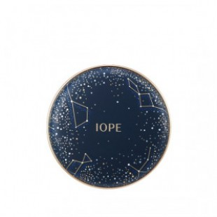 IOPE Air Cushion Holiday Cover LTD 30g